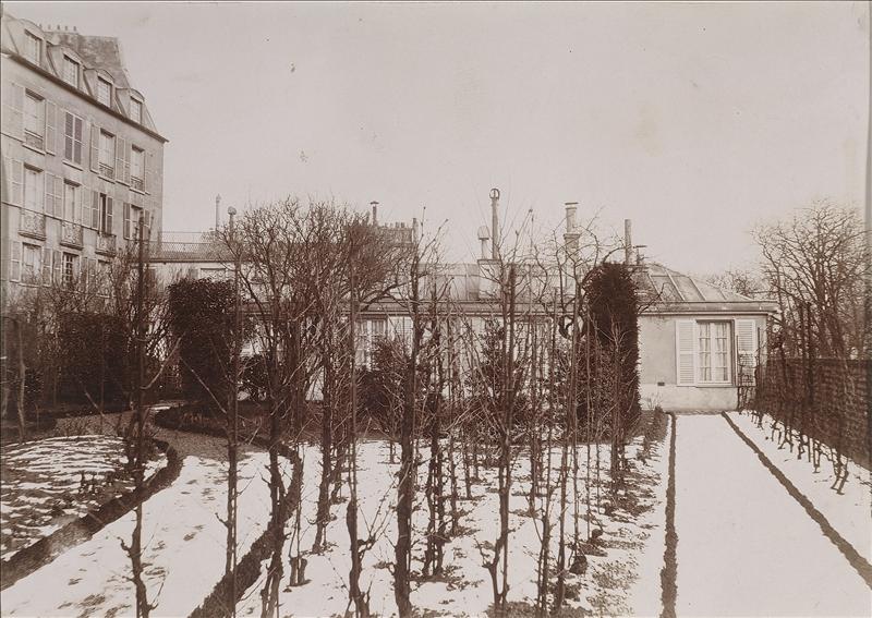 Maison de Balzac, façade occidentale vers 1896. Par Monlien de Perthou
